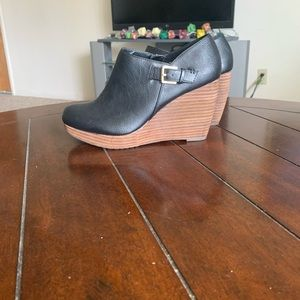 Dr. Scholl's wedges/ ankle boots.